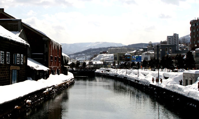 Please enjoy a boat trip that you can discover the new Otaru by taking a boat trip over the Otaru Canal for 40 minutes.