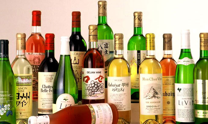 Yamanashi is known as one of Japan's leading grape production areas/wines produced by many wineries are popular